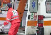 Cede grata e cade da 3 metri, grave donna 52enne