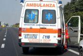 Grave 53enne ferito in un incidente stradale