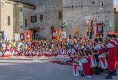 Sbandieratori e Musici in piazza di Todi