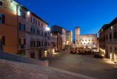 Todi: via ai lavori per l'illuminazione di piazza
