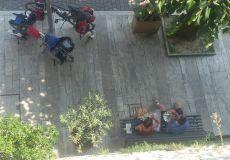 Cicloturisti stranieri sostano a Massa