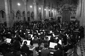 Applausi per la giovane orchestra delle scuole di Todi