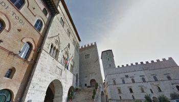 Todi, il Comune taglia i costi degli affitti nel centro storico