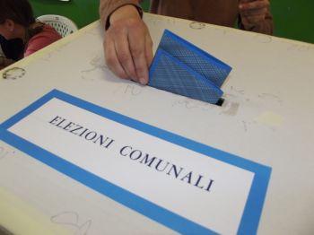 Todi al voto con il centrodestra diviso