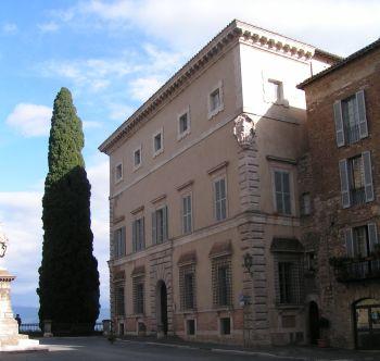 Todi, il FAI apre Palazzo Atti-Pensi