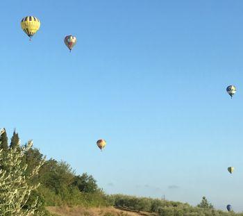Le mongolfiere nei cieli di Todi