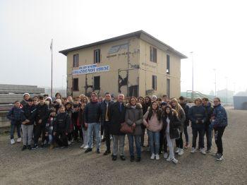 100 ragazzi a scuola alla Elcom System