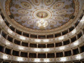 Todi, Teatro aperto da 4 studentesse del Liceo Jacopone