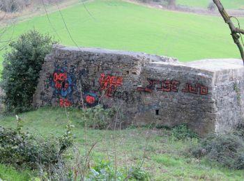 Scritte vandaliche sul muro della Fabbrica della Piana