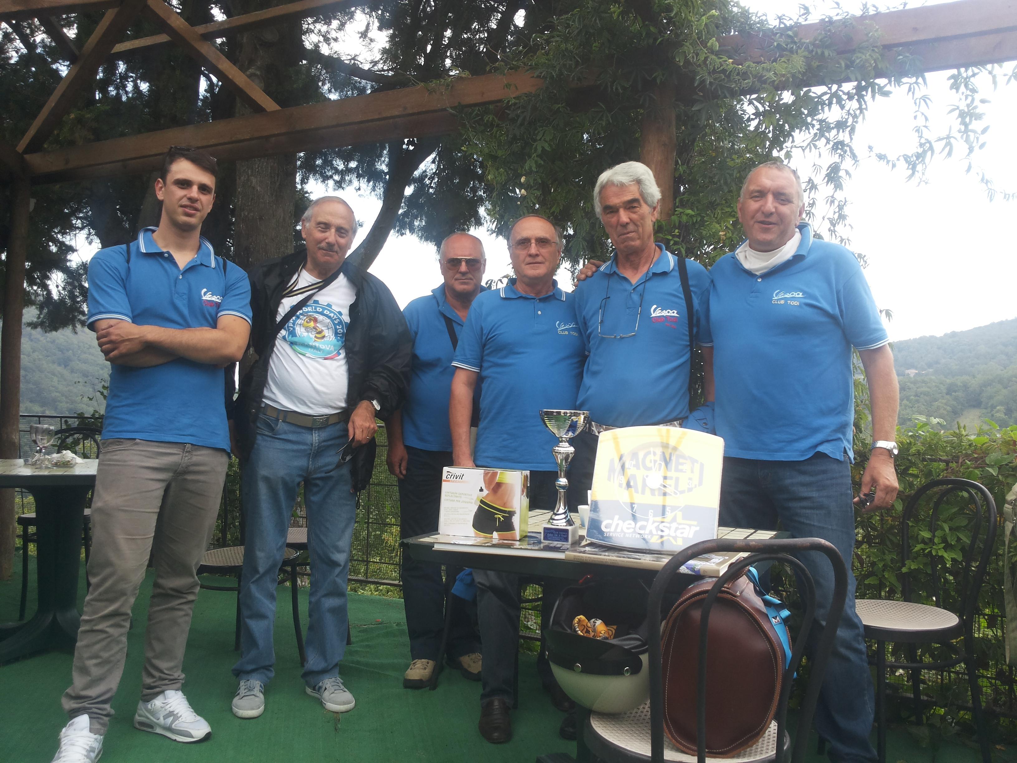 Vespa club todi primo al raduno nazionale di fiesole for Vespa club volta mantovana