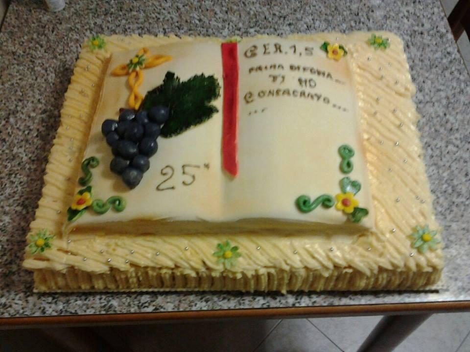 25 anniversario di sacerdozio tra civitella del lago e for Arte delle torte clementoni