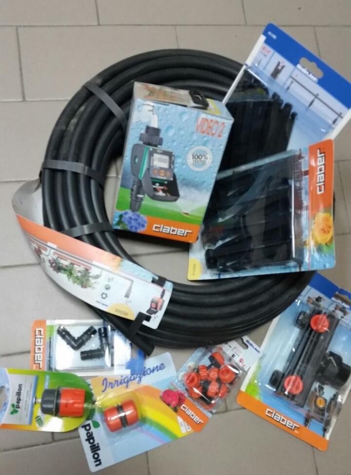 Vendo materiale nuovo claber per impianti di irrigazione for Materiale irrigazione
