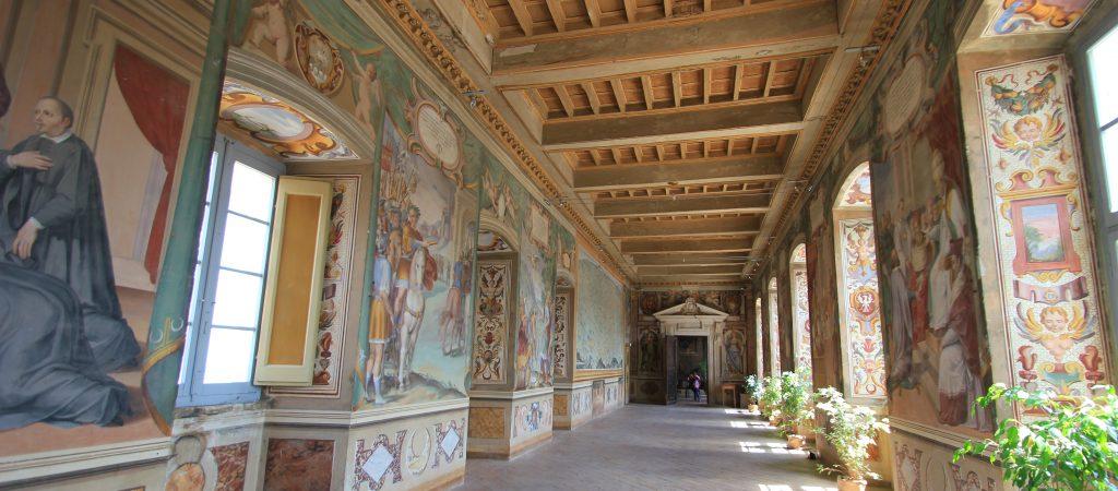 galleria-affrescata-palazzo-vescovile-foto-g-santucci