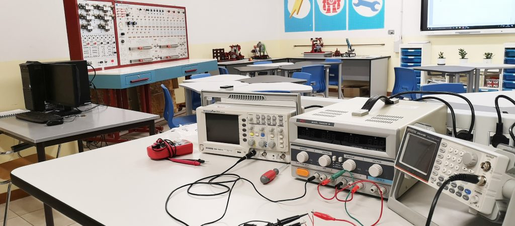 Laboratori omnicomprensivo (1)