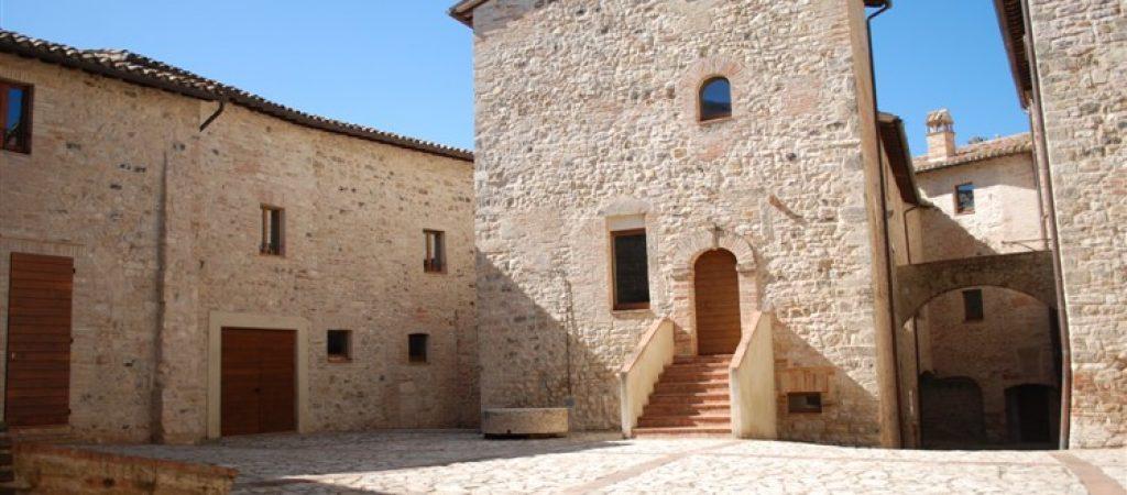 castello petroro