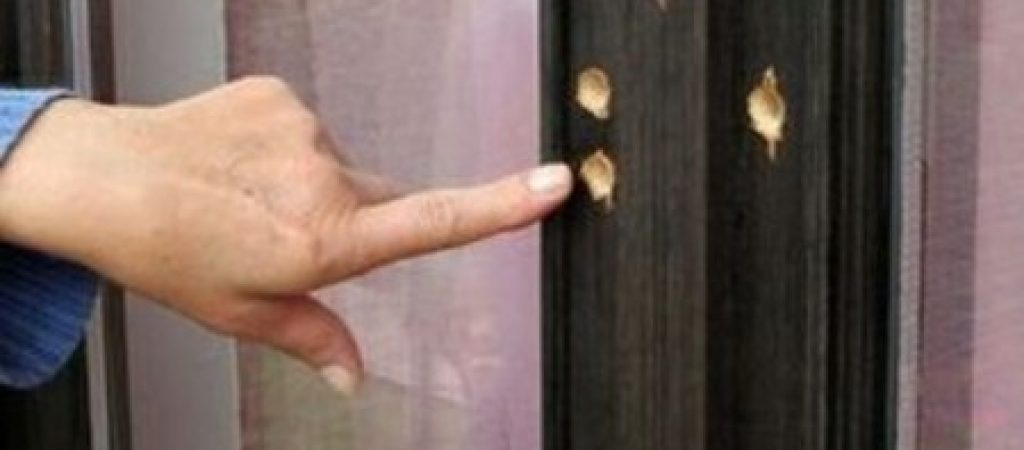 ladro buco finestra