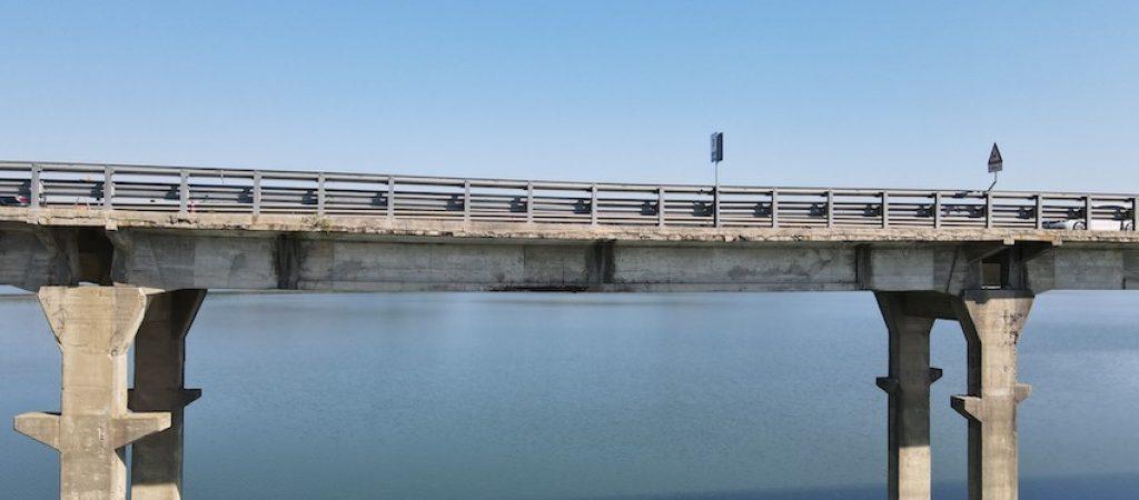 ponte lago corbara