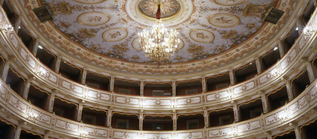 teatro_comunale_todi_interno